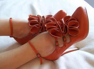 Fashion,orange,ruffles,shoes,vintage,bow-2dec79f0ba6dbfd8c4e7c7d5a88513cc_h